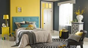 Szukasz pomysłu na niebanalną sypialnię? Zobacz super pomysły na ścianę za łóżkiem. To sprawdzony sposób na modne wnętrze.