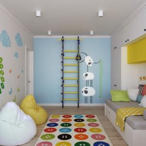 Niebieska ściana tylna to nie tylko dobre rozwiązanie kolorystyczne, ale również ekonomiczne, ze względu na wszelkie zabrudzenia i zarysowania dokonane przez dzieci podczas zabawy, które są mniej widoczne na niebieskiej powierzchni. Projekt i wizualizacje: Alexei Ivanov i Pavel Gerasimov / Studio projektowe Geometrium.