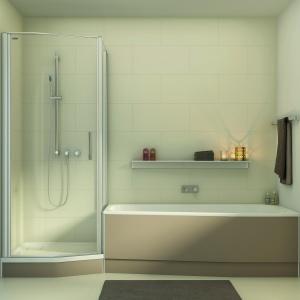 Komplet składający się z wanny i kabiny, zaprojektowany do małych łazienek – kolekcja Piccolo firmy Duscholux. Fot. Duscholux.