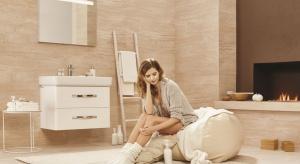 Lustro to nieodłączny element każdej łazienki. Ułatwia wykonanie makijażu czy poprawienie fryzury, ale również – pozwala wizualnie powiększyć wnętrze. Kilka optycznych trików przy montażu szklanych tafli sprawi, że pomieszczenie zyska gł�