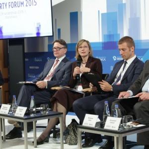 Property Forum 2015: uczestnicy panelu dyskusyjnego, od lewej: Wojciech Kuśpik, Ireneusz Węgłowski, Magdalena Sekutowska, Wojciech Liszka, Wiesław Likus. Fot. PTWP.