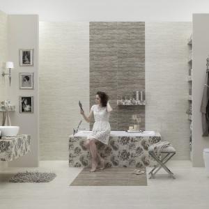 Jak beżowy kamień, z eleganckimi dekorami stylizowanymi na liście - płytki ceramiczne Traverhome marki Ceramstic. Fot. Ceramstic.