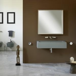 Umywalka, sedes i bidet w kolorze - ceramika łazienkowa Acqagrande firmy Flaminia. Fot. Flaminia.