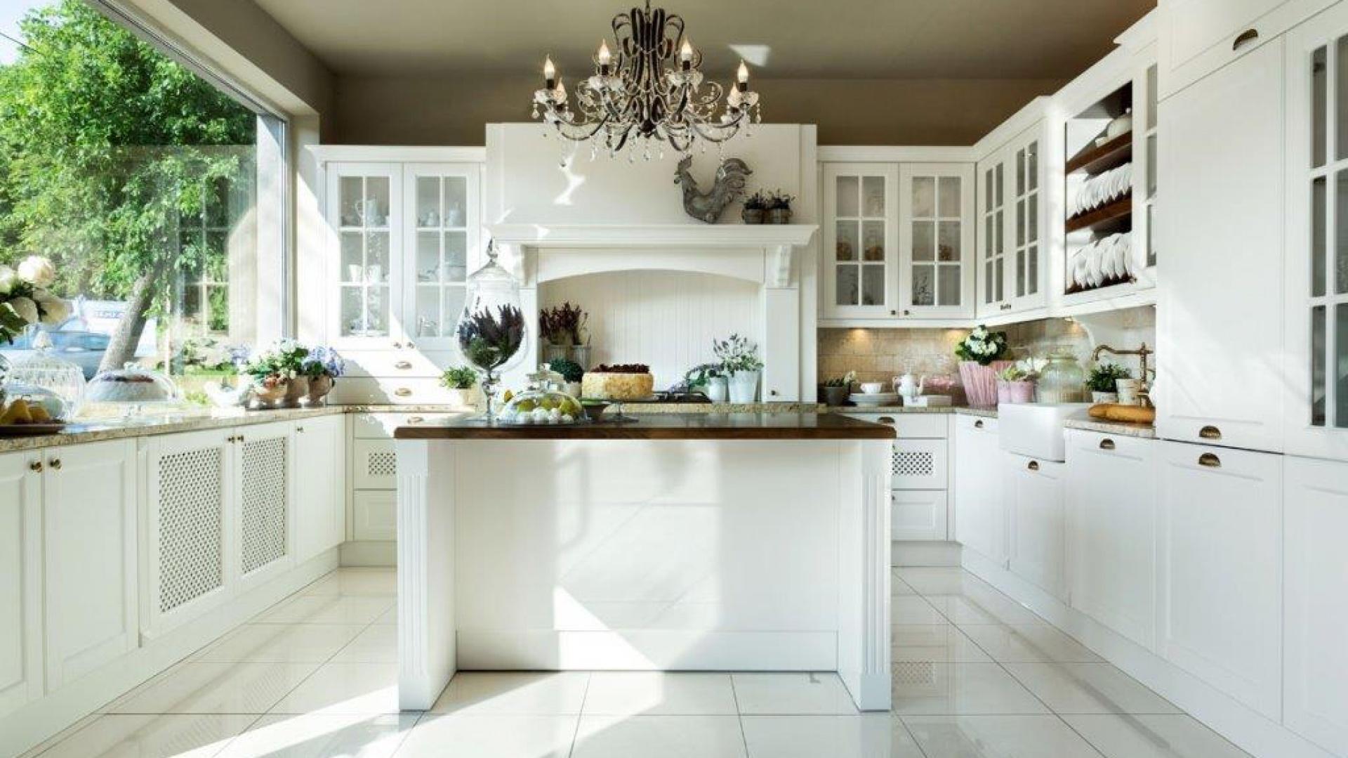 Piękna klasyczna kuchnia Biała klasyczna kuchnia 5   -> Biala Kuchnia Elegancka