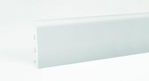 Idea Nanosilver to wysoka, biała listwa przypodłogowa wykonana z najlepszej jakości spienianego PVC z dodatkiem jonów srebra.