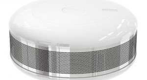 Fibaro Smoke Sensor to wysokiej klasy czujnik przeciwpożarowy, który pozwala na integrację z niemal każdym przewodowym systemem alarmowym dostępnym na rynku.