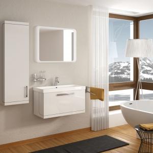 Firma Devo oferuje minimalistyczne białe szafki York w połysku, idealne do aranżacji w każdym stylu. Fot. Devo.