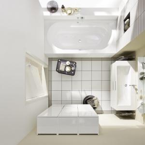 Duża szafka, zawieszona na ścianie, sprawia, że łazienka wydaje się większa – meble Equio firmy Burgbad. Fot. Burgbad.