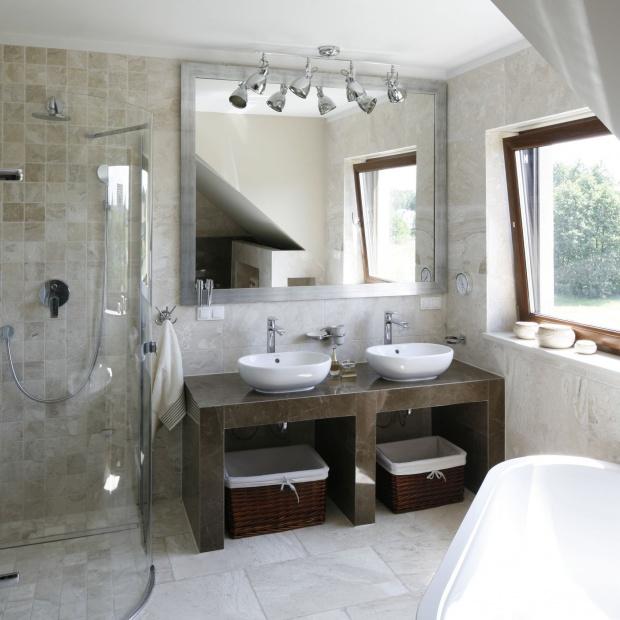 Łazienka w beżach – gotowy projekt