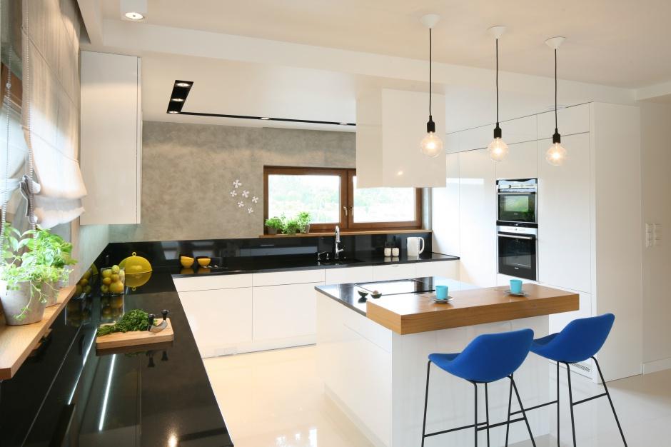 W centrum kuchni stanęła Kuchnia z barem pomysły z polskich domów  Str