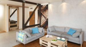 Jak urządzić salon w stylu loft? Zobaczcie nasze propozycje.