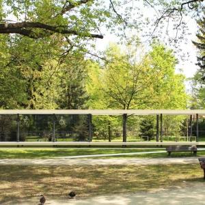 III Wyróżnienie w konkursie Projekt Łazienki 2015. Głównym aspektem projektu jest minimalna ingerencja w przestrzeń i krajobraz parku. Fot. KOŁO.