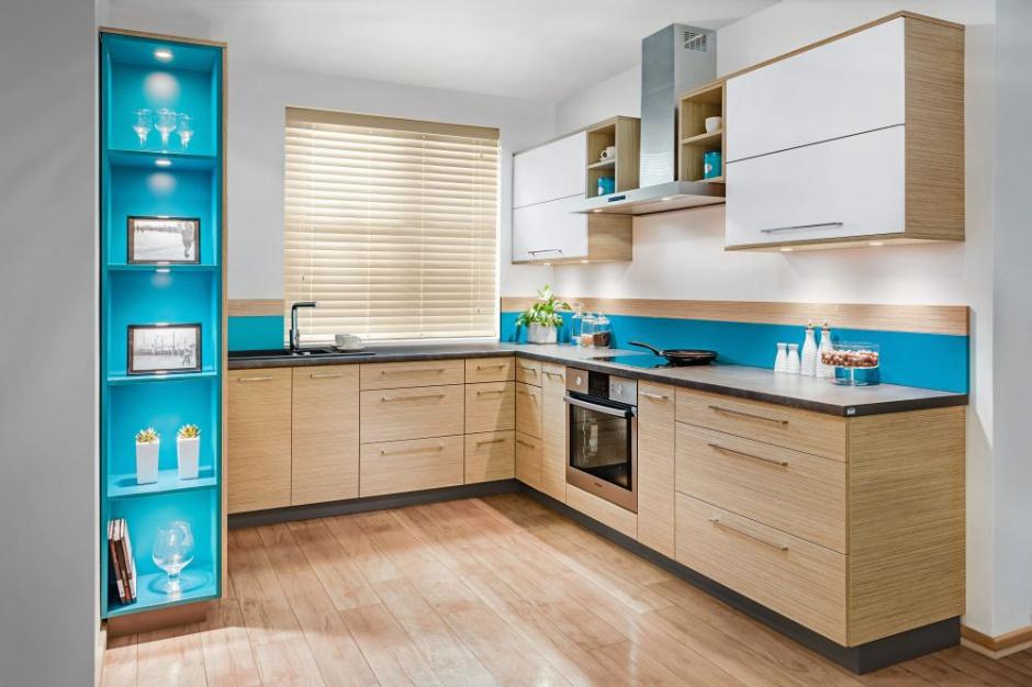 Dolną zabudowę kuchenną Kuchnia w kolorze drewna 12   -> Kuchnia W Kolorze