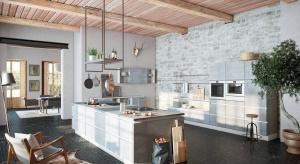 Moda na industrialne wnętrza zaowocowała coraz większą popularnością kuchni w stylu loft.