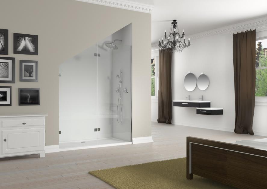 Z możliwością przycięcia pod skos – drzwi prysznicowe Artic firmy Riho. Fot. Riho.