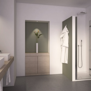 Do zabudowy np. małych wnęk - drzwi prysznicowe SLF firmy SanSwiss. Fot. SanSwiss.