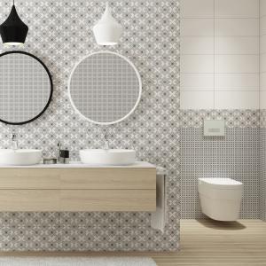 Białe płytki ceramiczne zestawione z dekorami w biało-czarne wzory - seria Black&White marki Opoczno. Fot. Opoczno.