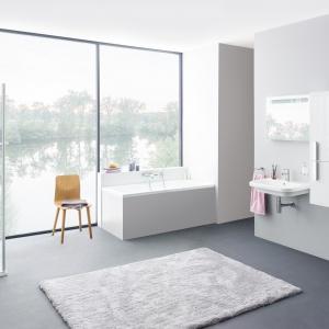W nowoczesnym, ponadczasowym stylu - wyposażenie łazienkowe z Konceptu Chrome firmy Ravak. Fot. Ravak.