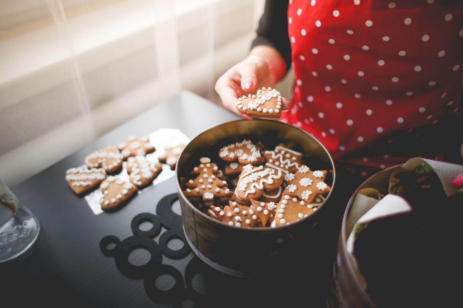 Pierniczki są niezastąpionym smakołykiem na święta Bożego Narodzenia. Fot. Picjumbo.com/Viktor Hanacek.