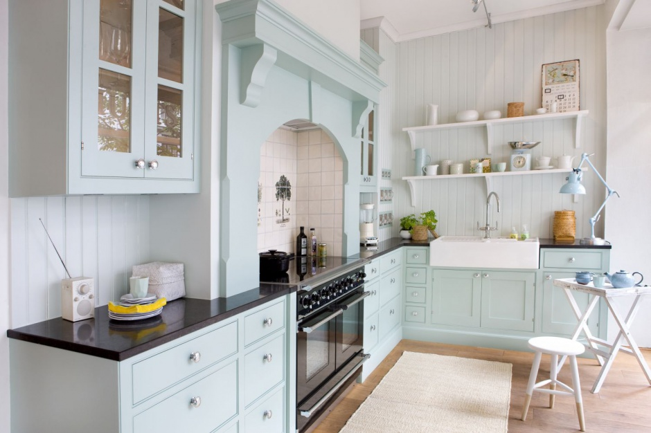Błękitne meble kuchenne z Klasyczna kuchnia w stylu prowansalskim  Stro   -> Kuchnia Angielska Jakie Dodatki