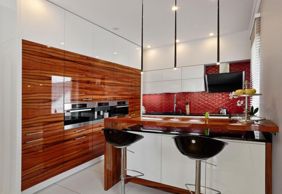 Wysoka zabudowa kuchenna Kuchnia pod sam sufit   -> Kuchnia Pod Sufit