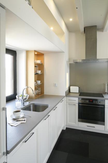 Szary blat doskonale pasuje Biała kuchnia z jadalnią Zobaczcie gotowy p   -> Biala Kuchnia Ikea Opinie