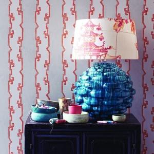 Tapety Jim Thompson. Kolekcja Pagoda and Palms wzór Shang. Fot. Dekorian.