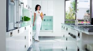 Projektowanie kuchni ma dziś wiele wspólnego ze sztuką. O inteligentnych, a nawet luksusowych kuchniach rozmawiamy z Albertem Kaletą – projektantemmarki Mebel Rust,
