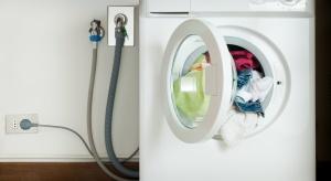 Nie jest łatwo wybrać pralkę. W sklepach jest bowiem mnóstwo modeli. Kupić tańszą czy droższą? Najlepiej pamiętać o 5 podstawowych zasadach.