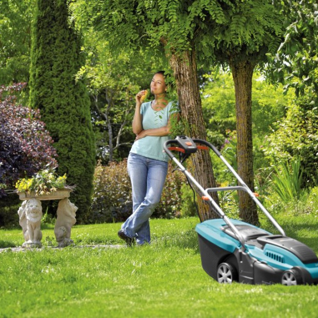 Przygotowujemy trawnik do sezonu