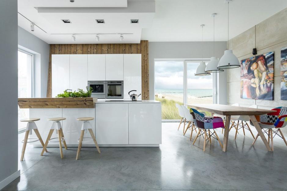 Na wyspę nałożono gruby Biała kuchnia ocieplona   -> Kuchnia Biala Ocieplona Drewnem