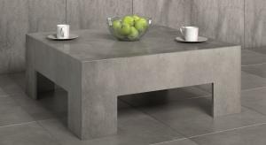 Stolik kawowy to nieodłączny element zestawu wypoczynkowego. Wykonany z betonu mebel wprowadzido salonu modny, industrialny klimat.
