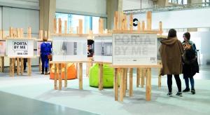 """W tym roku konkurs Porta odbył się pod hasłem """"Ona i On"""". Zaproszono designerów do stworzenia projektów, przedstawiających odmienności i podobieństwa w kontekście płci. Nagrodzone prace to """"Drzwi do podziału"""", """"Pas"""" oraz """"Dl"""