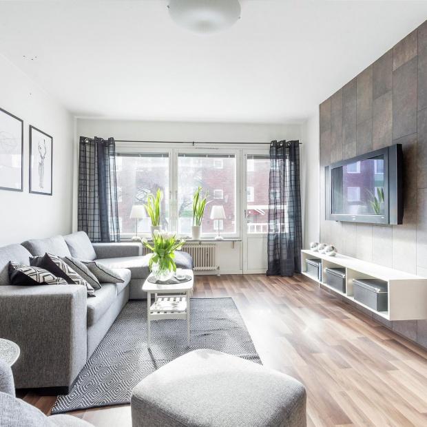 Szare wnętrze: zobacz eleganckie mieszkanie