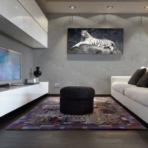 Beton dekoracyjny jest drobnoziarnistym tynkiem mineralnym przeznaczonym do stosowania wewnątrz pomieszczeń. Występuje w formie gotowej do użycia pasty, dzięki czemu bardzo łatwo się go aplikuje. Fot. Primacol Decorative.