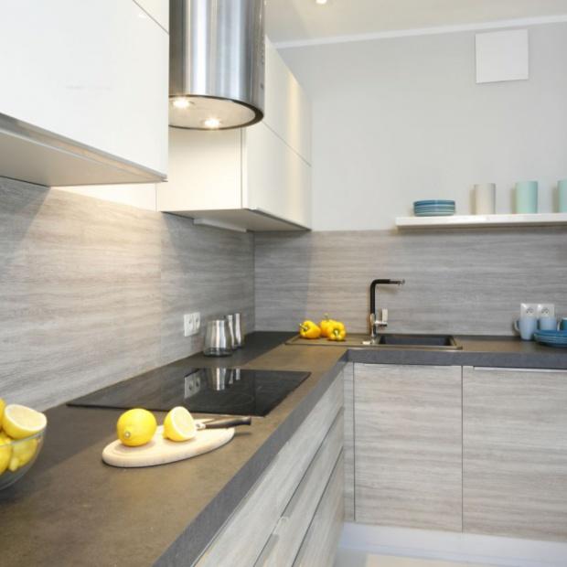 Aranżacja kuchni i łazienki w domu. Projektant radzi