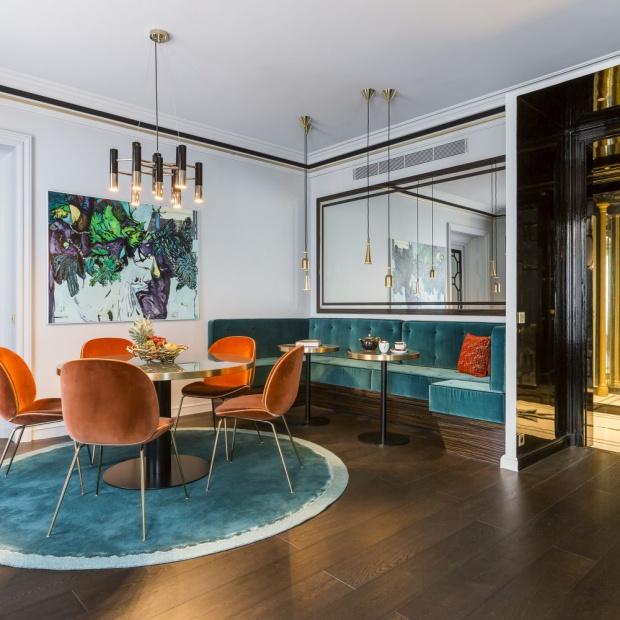 Apartament w stylu glamour w Paryżu