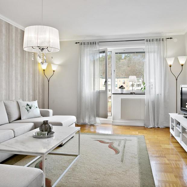 Romantyczne mieszkanie: pomysł na jasne wnętrze