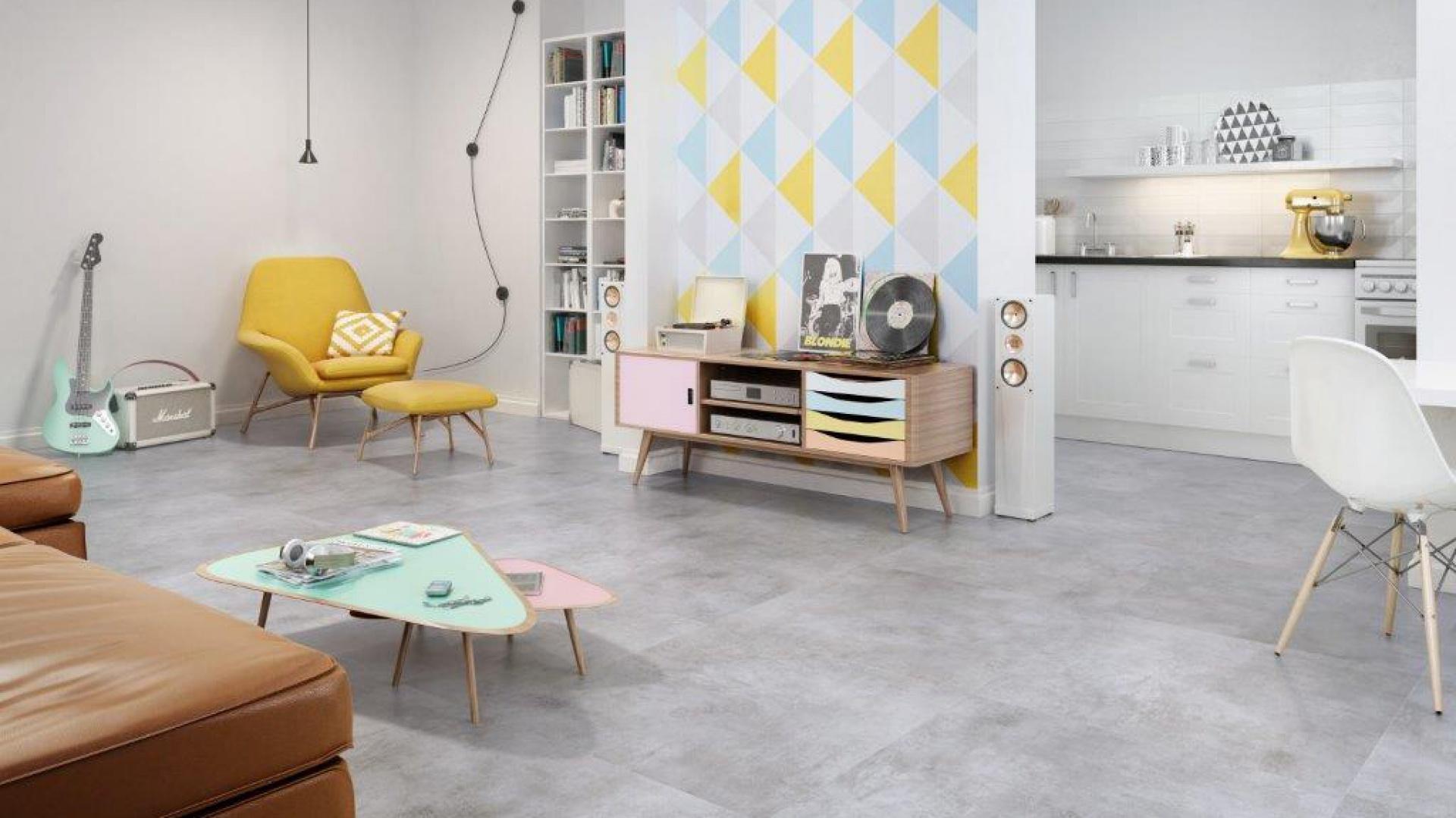 """Kolekcja Scratch swoją strukturą ikolorem przypomina beton. Jej wzornictwo bazuje na """"nutach"""" nowoczesności, surowości i minimalizmu. Fot. Ceramika Paradyż."""