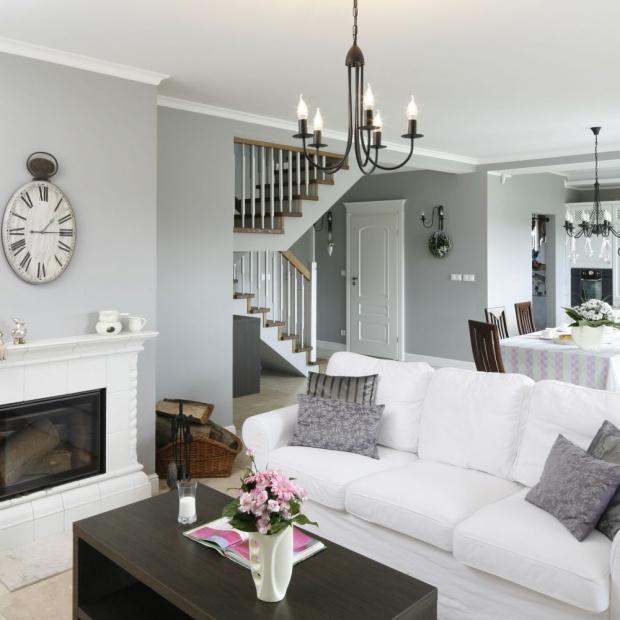 Wnętrze w stylu klasycznym: tak lubimy mieszkać