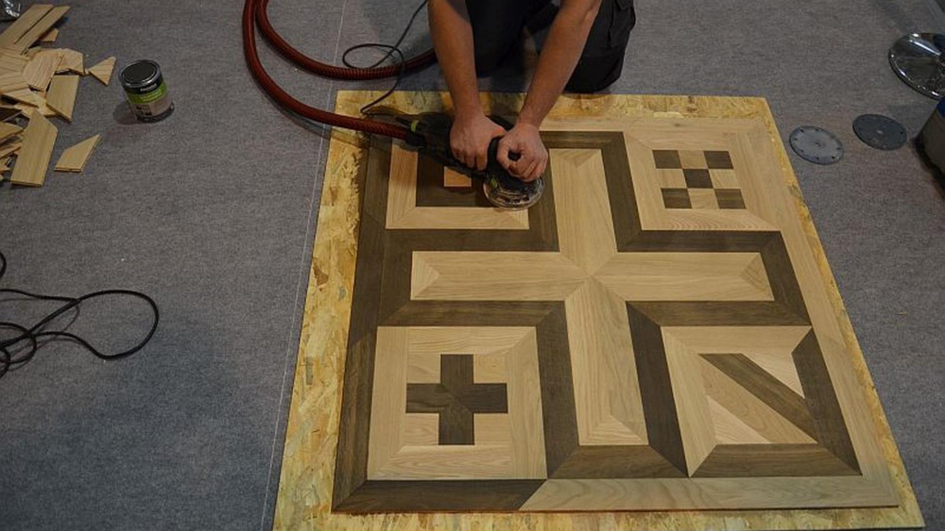 Estetyka ułożonej podłogi, dopracowane detale, idealne wykończenie - to nie kwestia przypadku, a fachowości wykonawcy. Fot. Materiały prasowe