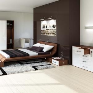 Przeprowadzone przez firmę Hettich badanie pokazało, że najwięcej czasu spędzamy właśnie w sypialni, która najczęściej jest wyposażona w dużą szafę, komodę i łóżko zmateracem. Fot. Hettich