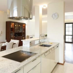 Marmur w kuchni: zobacz 5 pomysłów