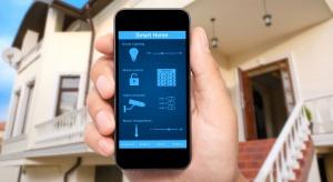 Automatyczne sterowanie urządzeniami domowymi w inteligentnym domu to już rzeczywistość. Sprawdź jak komunikować się z inteligentnym domem za pomocą komórki.