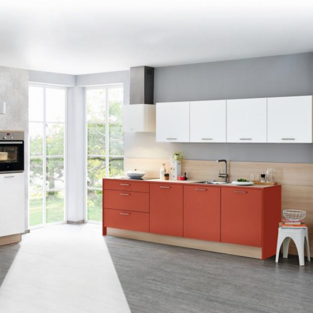 Modny pomysł na ścianę: tablica w kuchni