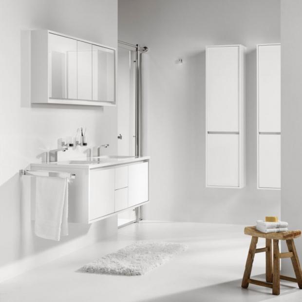 Biała łazienka: wybierz modne wyposażenie