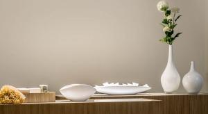 Oświetlenie w salonie jest bardzo ważnym aspektem aranżacji pomieszczenia. Zobaczcie efektowną nowość - designerską lampę do salonów.
