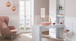 Do tej pory kolory w łazience pojawiały się głównie na meblach lub w dodatkach. Teraz możemy zdecydować się także na kolorową umywalakę.