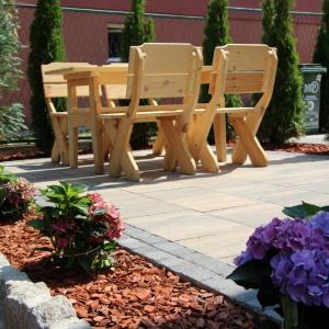 Projektowanie przestrzeni wokół domu wymaga uwzględnienia wielu parametrów. Fot. ABW Superbruk