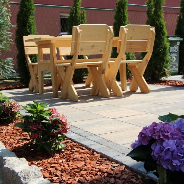 Modny ogród: jak dobrać nawierzchnię?
